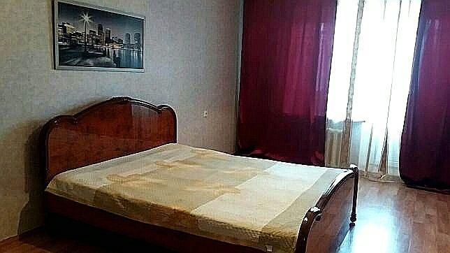 Сдаётся 1 комнатная квартира 6микрорайоне  рядом ТРК Орал