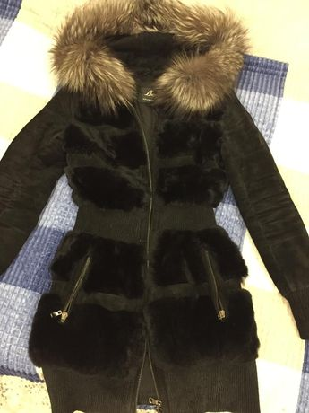 Продам куртку натуральная замша 10000тенгенге
