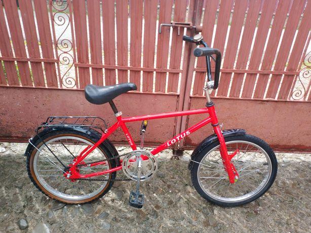Bicicleta Lotus BMX 20' roșie copii
