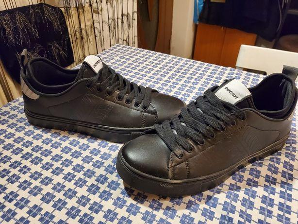 Pantofi Ducatti Mărimea 41 NOI