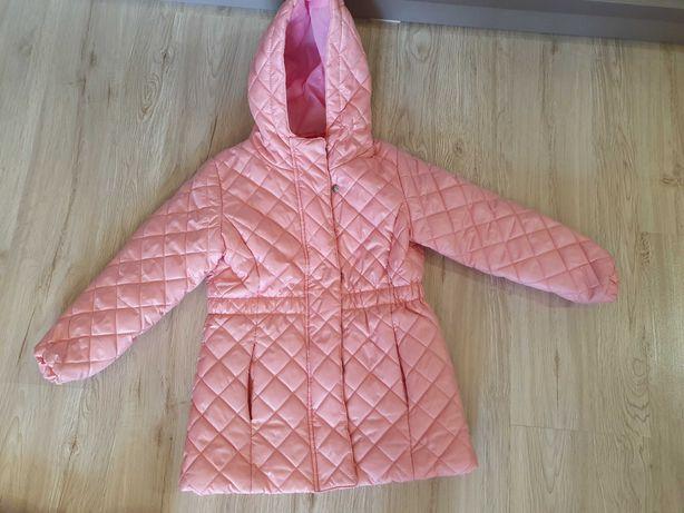 Куртка осенняя на девочек на 3-4 года