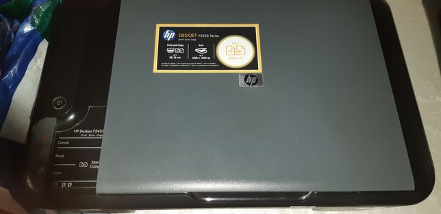 Продам цветной принтер сканер на запчасти