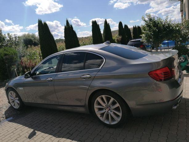 Vând BMW F10 An 2012-Schimb cu SUV.