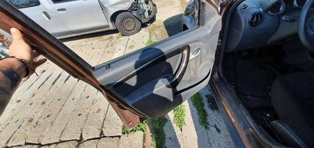 Dezmembrez Dacia Duster 2009 2020 2x4 4x4