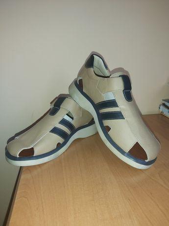 Продам обувь подростковый
