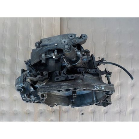 Cutie de viteze manuala Opel Vectra, Astra Zafira M32 cod 55192042
