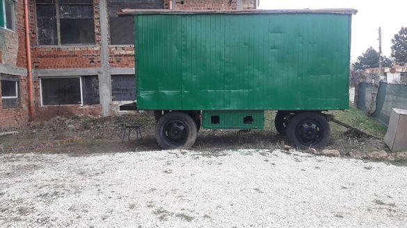 Фургон на колела