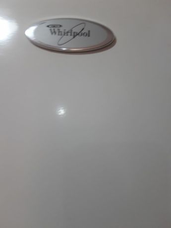 Vand combina vrigorifica Whirlpool.
