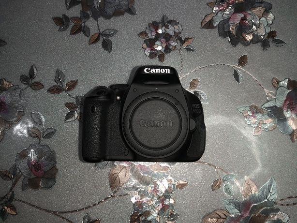 Продам срочно CANON600D