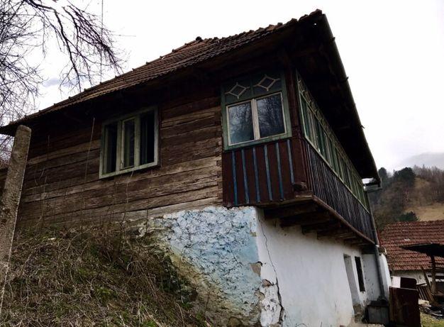 Vând casă in Ocolis.