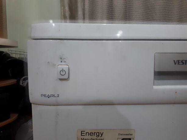 Машинка посудамоечная