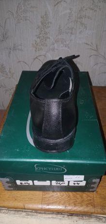 Чисто нови мъжки обувки,естествена кожа,номер-44 от *Кристиян Ш