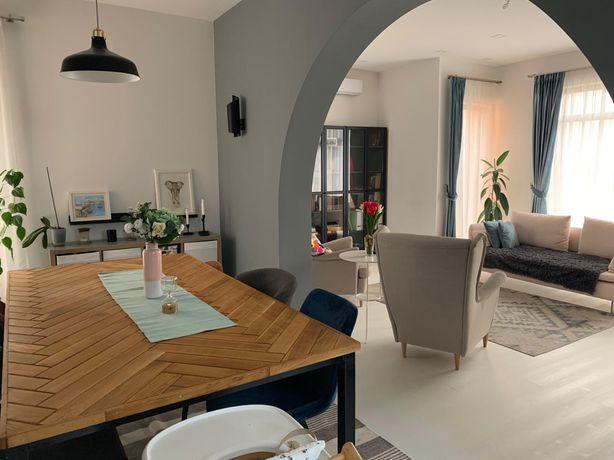 Vila moderna in stil scandinav,situata in Cantemir