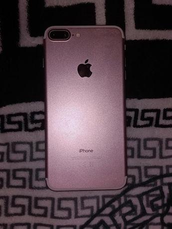 Продам iPhone 7+, в хорошем состоянии