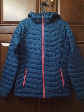 Продам куртку Columbia. Размер S. Весна-Осень.В отличном состоянии.
