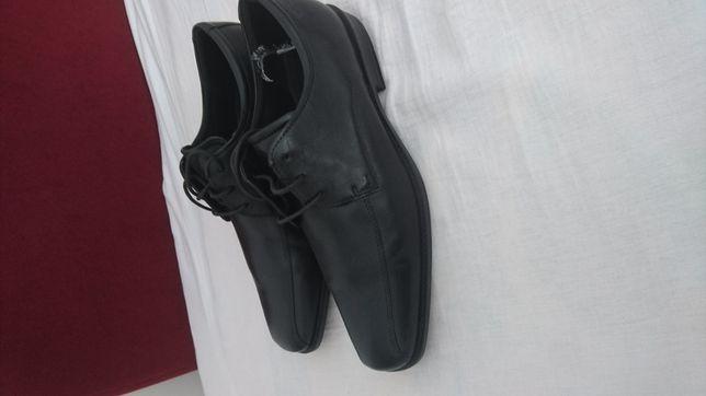 Pantofi de piele Ecco,noi