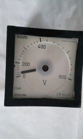 Voltmetru tablou E541 - 600 V