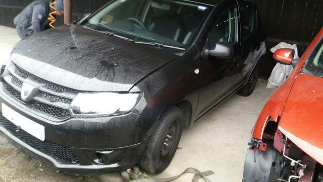 Dacia sandero 2016 negru 1,2 16 v D4F Dezmembrez piese dezmembrari