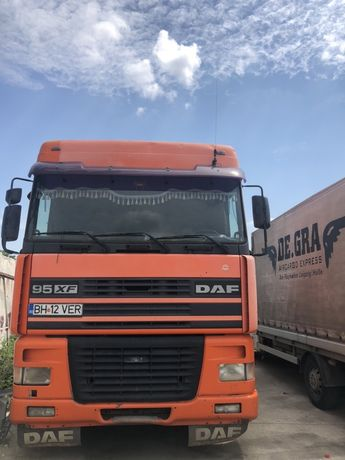 Vand Abroll- kipper camion cu carlig