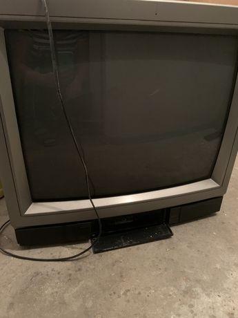Продам телевизор Sanyo б/у