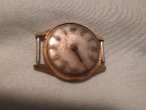 Vind ceasuri vechi elvetiene care nu functioneaza,doar pentru piese.