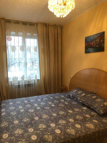 Кровать, матрас и комод