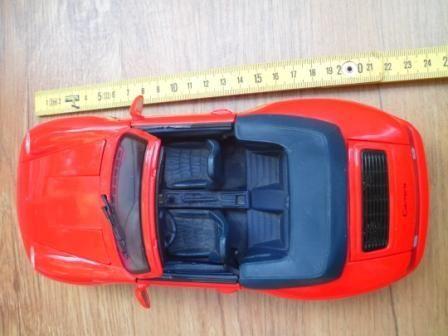 Masina Porsche 911 Carrera