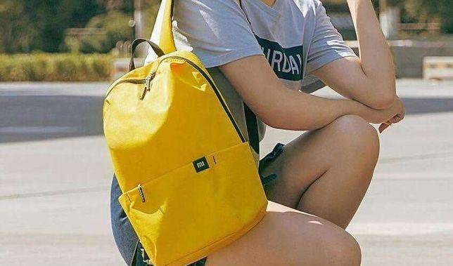 Рюкзак Xiaomi среднего размера