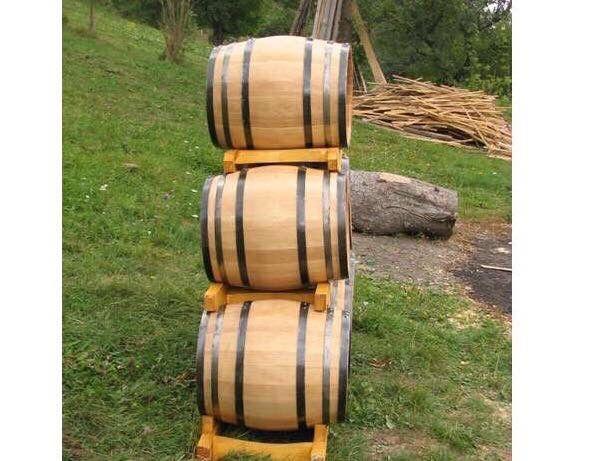 Butoaie din lemn uscat