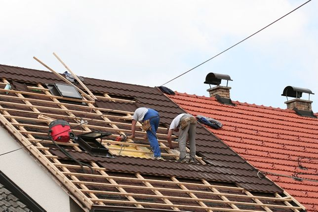 Mansadari case, reparatii acoperisuri, montaj acoperis tigla, izolatii