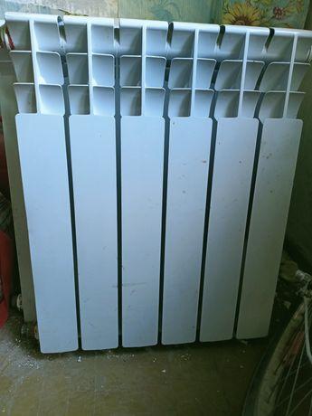 Продается отопительные радиаторы, батареи