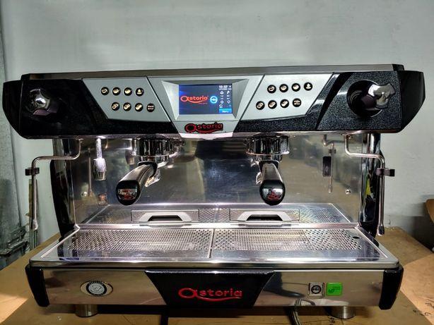 Продам кофемашину 3200 €