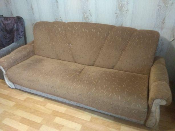 Продам диван-книжку в отличном состоянии