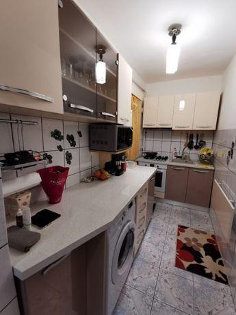 Vand apartament 2 camere Bals-Olt