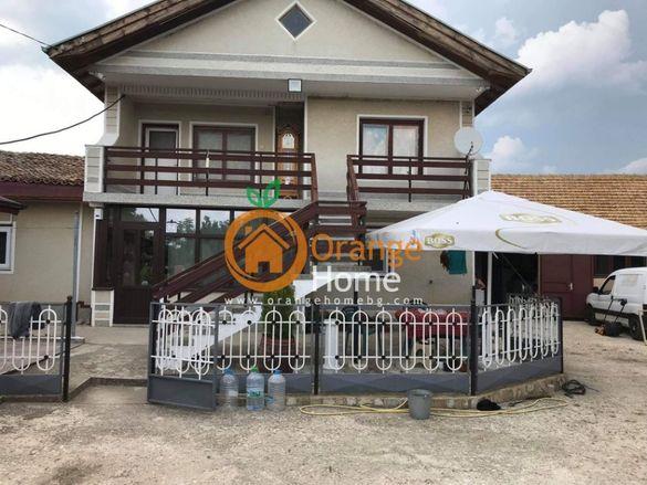 Масивна двуетажна обзаведена къща 110 м2, село Бдинци