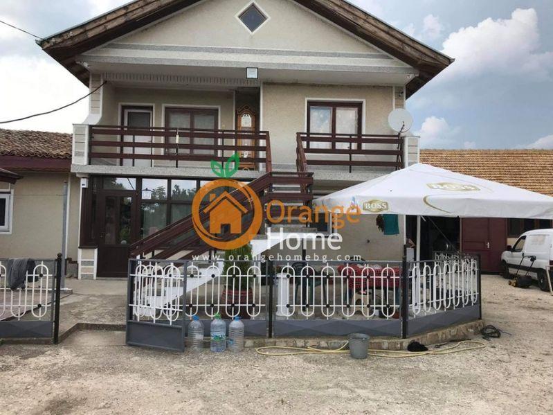 Масивна двуетажна обзаведена къща 110 м2, село Бдинци с. Бдинци - image 1