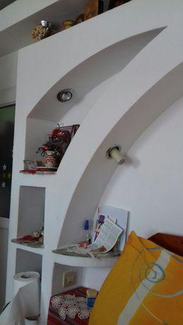 schimb 2 camere  camin stil garsonieranieră