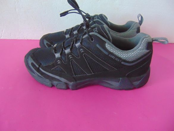 НОВИ Ecco Gore-tex номер 41 Оригинални мъжки обувки