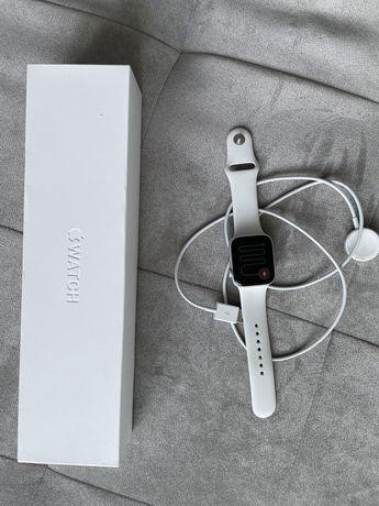 Продам часы Apple Watch SERIES 5 44MM