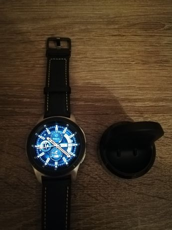 Смарт часы Samsung Galaxy Watch