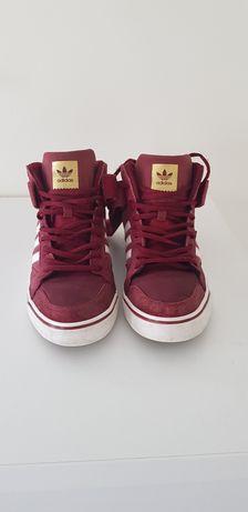 Vând Adidas burgundy