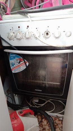 Срочно.Продам газ плиту.духовка электро.в хорошем состоянии