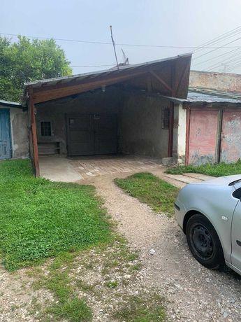 Garaj Interior pentru masina cu Terasa