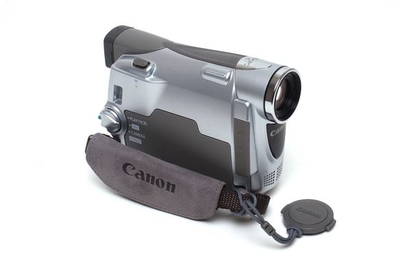 Дигитална видео камера Canon MV800i