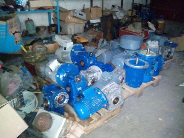 Ел.двигатели , моторедуктори,водни помпи и вентилатори.