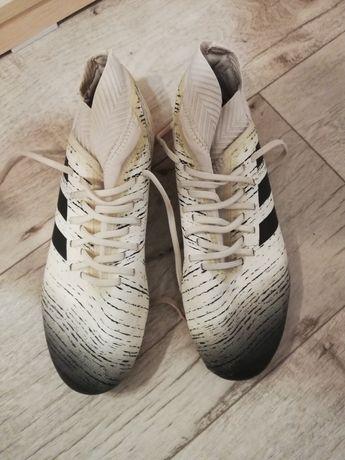 Бутсы обувь для футбола