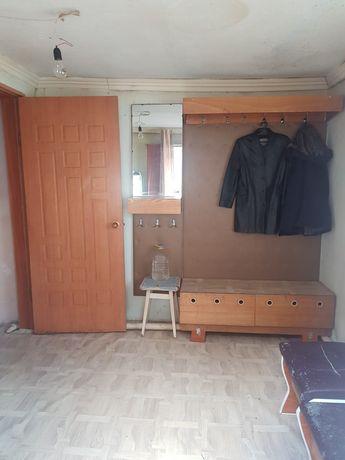 Сдаётся 2 комнатная квартира полу благоустроенная