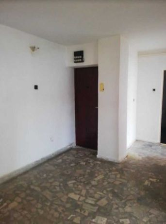 Apartament 4 camere, zona Central, 106 mp - particular