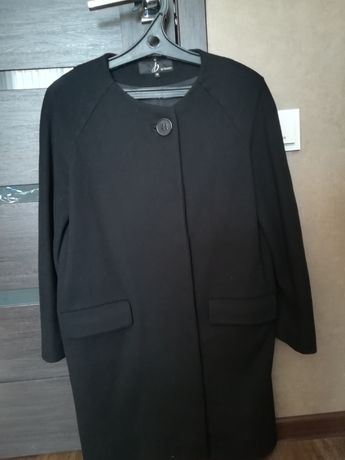 Пальто рр42-48 фирма bessini