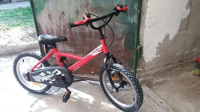 Bicicleta 4 ani +